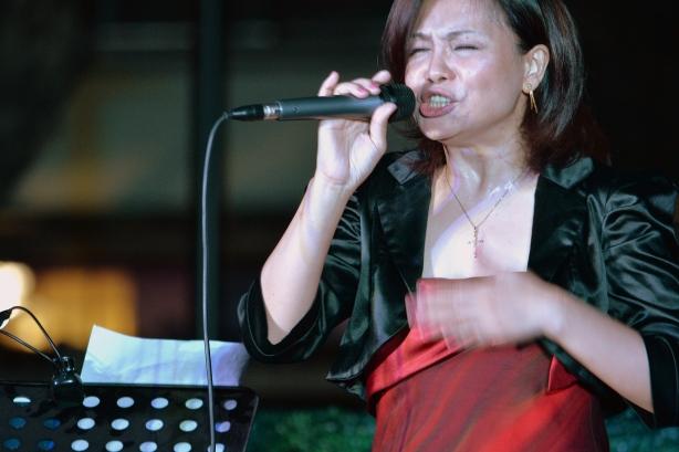 Rosanna Gaerlan, Filipino jazz vocalist based in Singapore