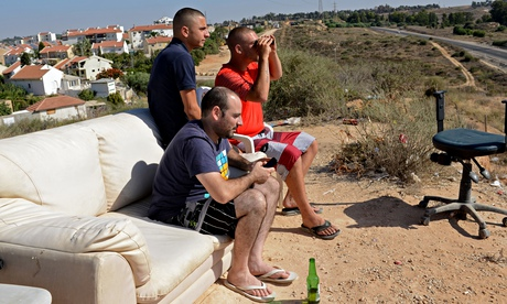 Israeli civilians watching bombings of Gaza